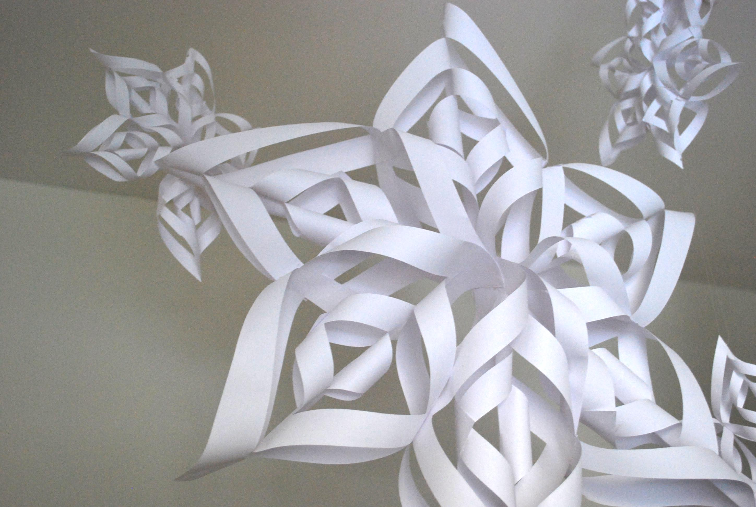 Making Stuff: 3D Paper Snowflakes